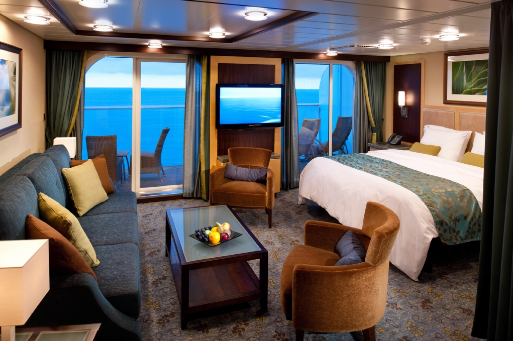 Royal caribbean oasis of the seas cruise review for cabin 8260 for Cruise balcony pictures