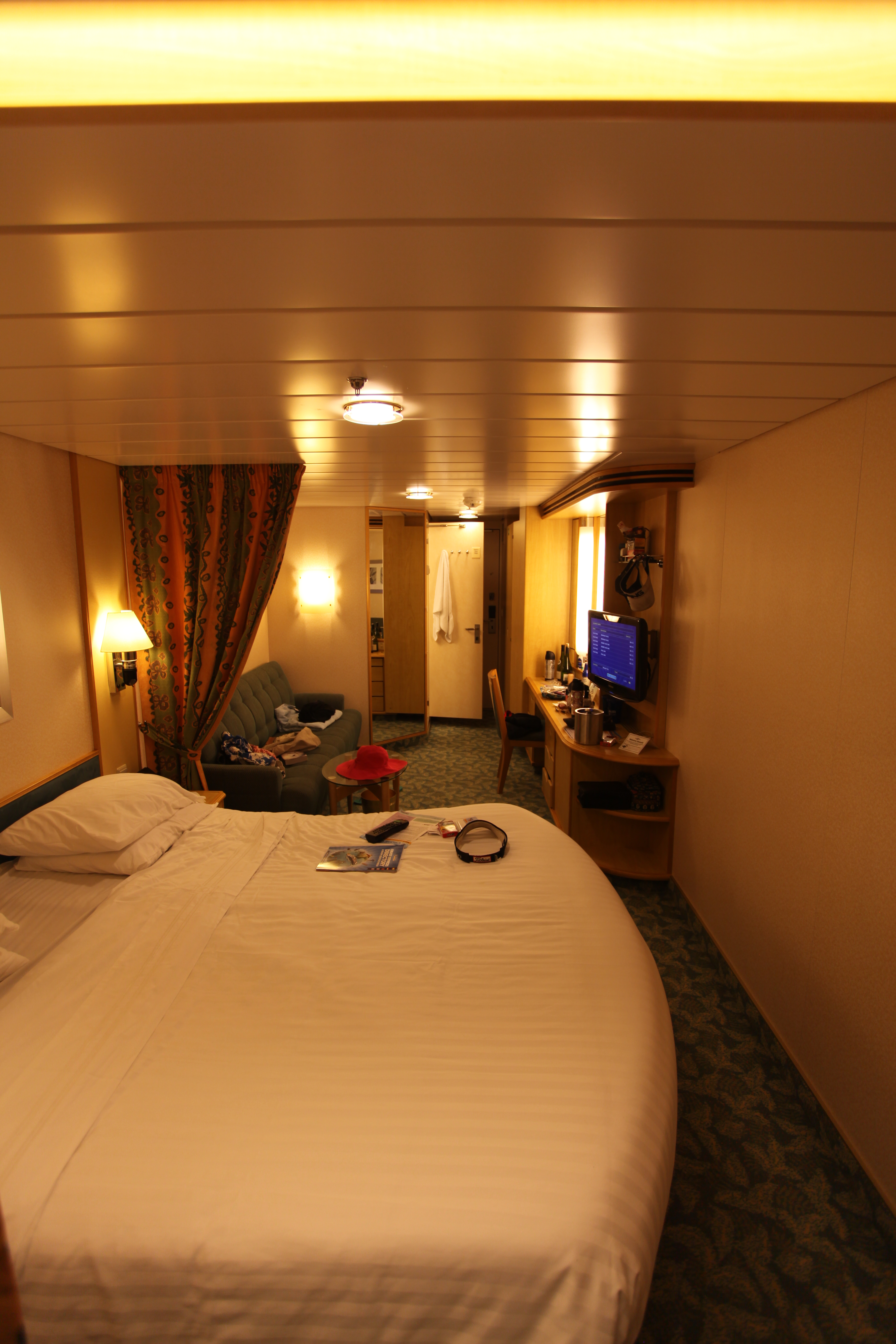 royal caribbean independence of the seas cruise review for