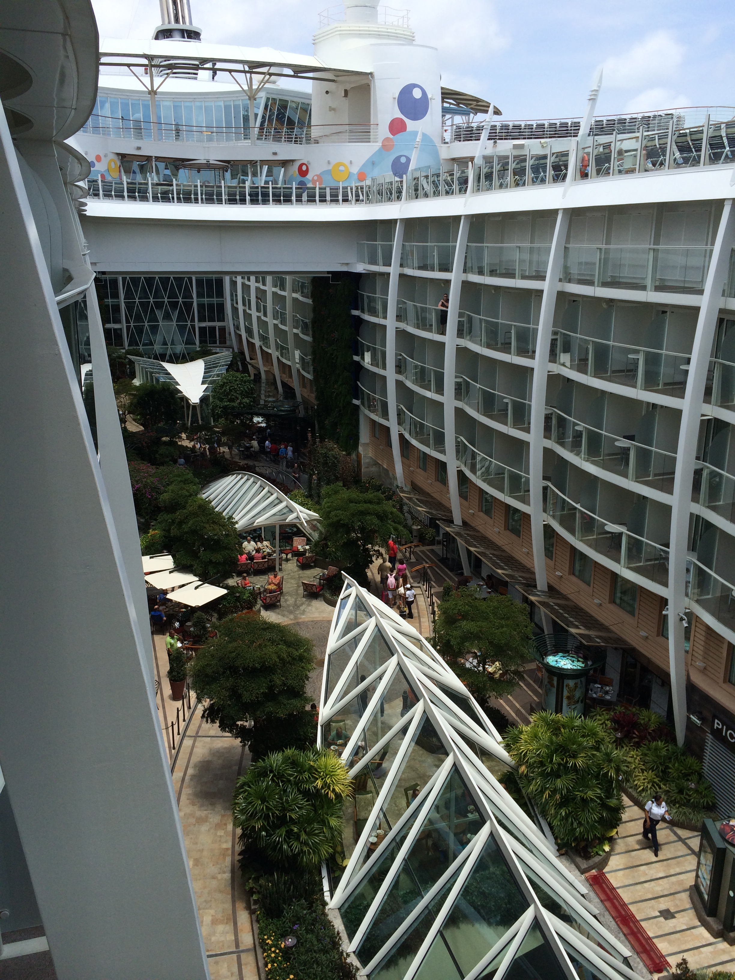 Royal caribbean oasis of the seas cruise review for cabin for Balcony view on cruise
