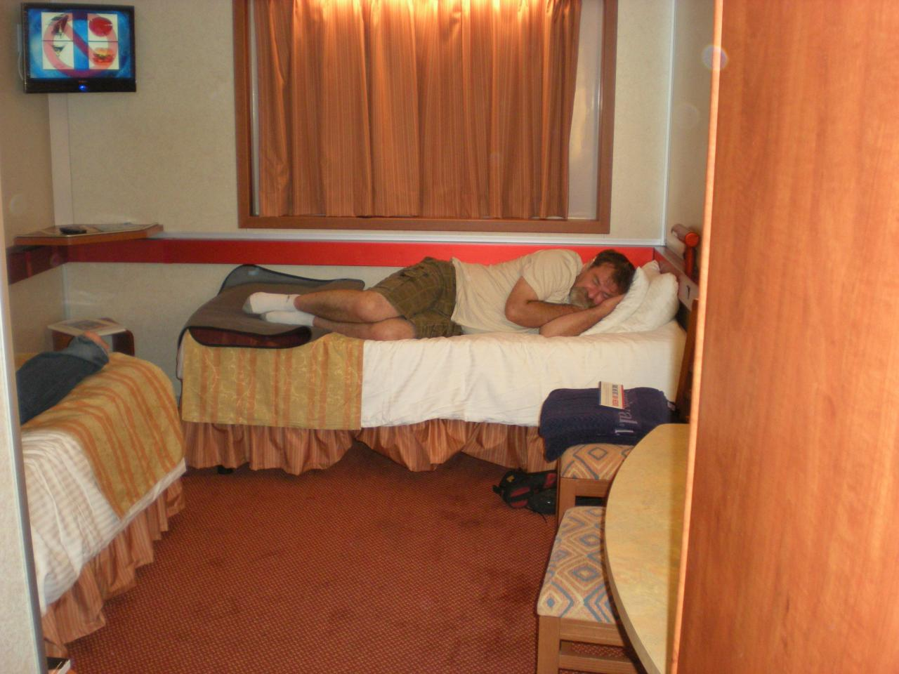 Carnival sensation cruise review for cabin e84 - Carnival sensation interior rooms ...