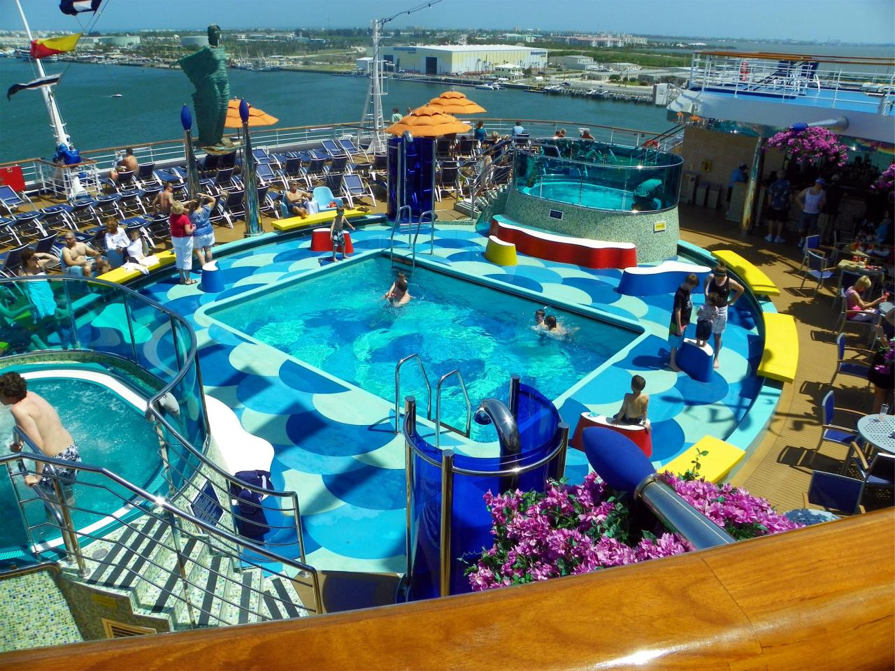 Carnival Dream Reviews And Carnival Dream Photos