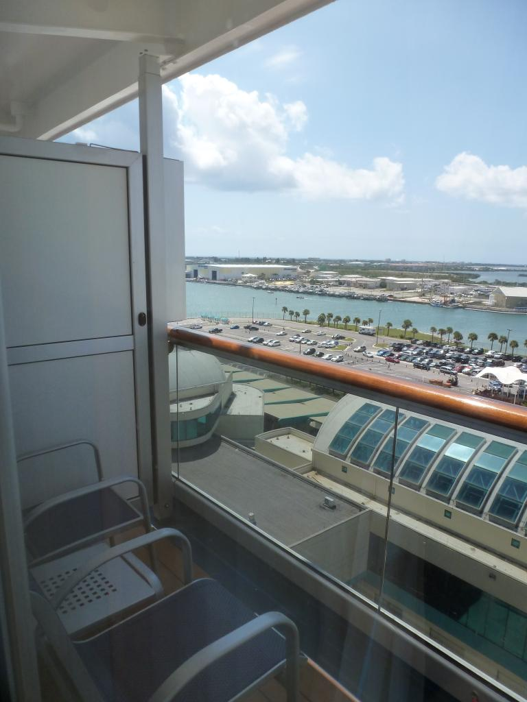 Carnival dream cruise review for cabin 10228 for Balcony on carnival cruise