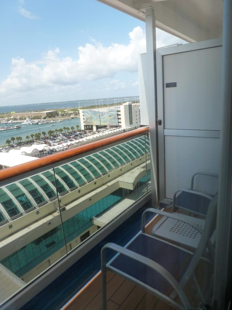 Carnival dream cruise review for cabin 10264 for Balcony on carnival cruise