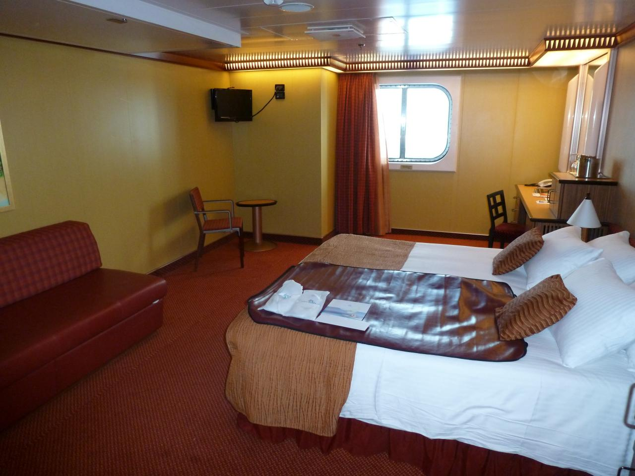 31 New Carnival Cruise Cabins Reviews