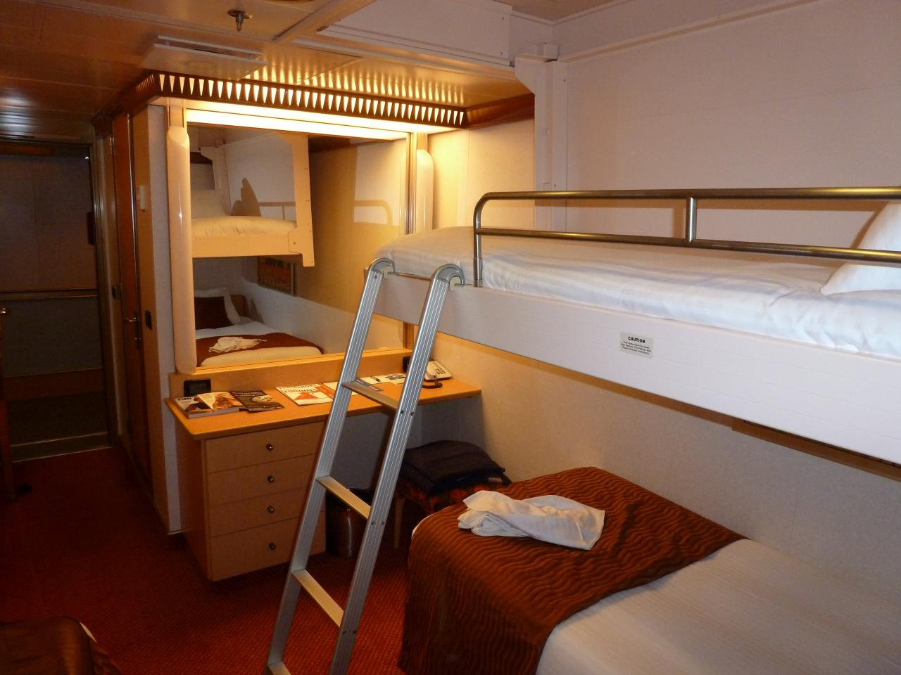 Pullman Bed And Ladder