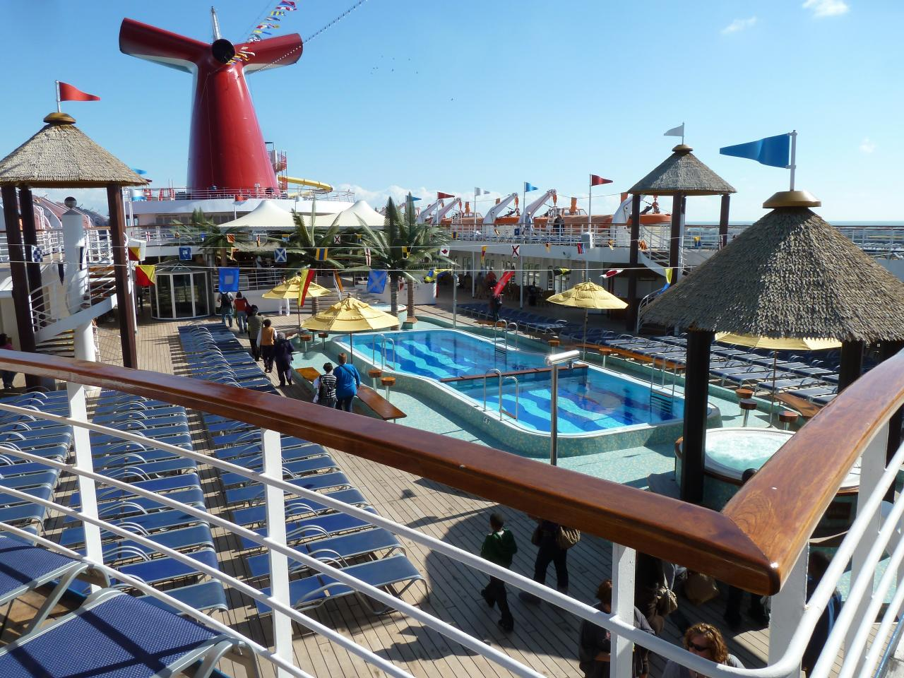Grand Cayman Cruise Ship Excursion Information. Cruise Ship passengers arrive to Grand Cayman daily, for some passengers it is for the first time, for many it is their returning visit to our shores.