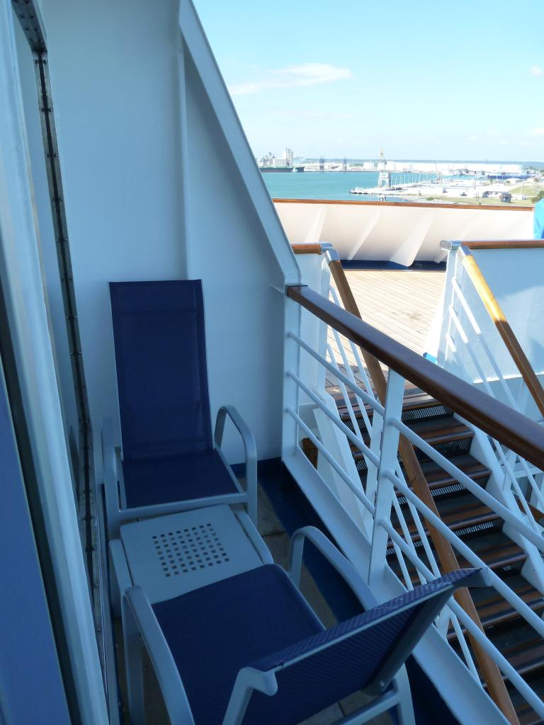 Carnival ecstasy cruise review for cabin v1 for Balcony on cruise ship