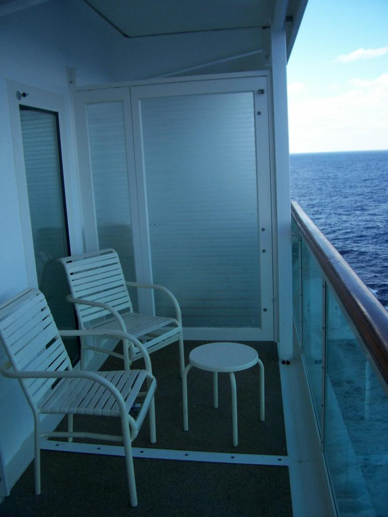 Royal caribbean mariner of the seas cruise review for for Balcony in cruise ship