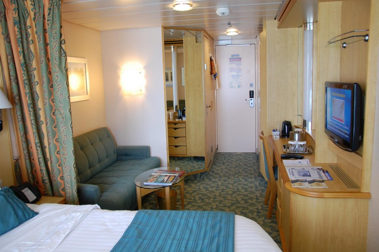 Royal caribbean cabins for Royal caribbean solo cabins